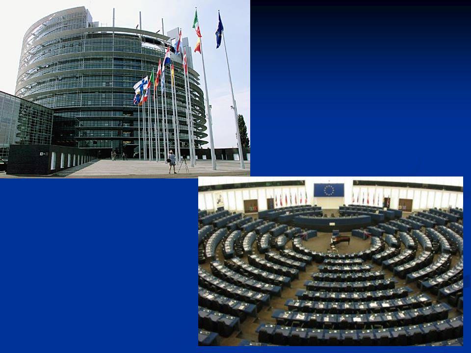 785 députés européens élus au suffrage universel direct pour un mandat de cinq ans renouvelable 785 députés européens élus au suffrage universel direct pour un mandat de cinq ans renouvelable 8 groupes politiques + « non inscrits » 8 groupes politiques + « non inscrits »