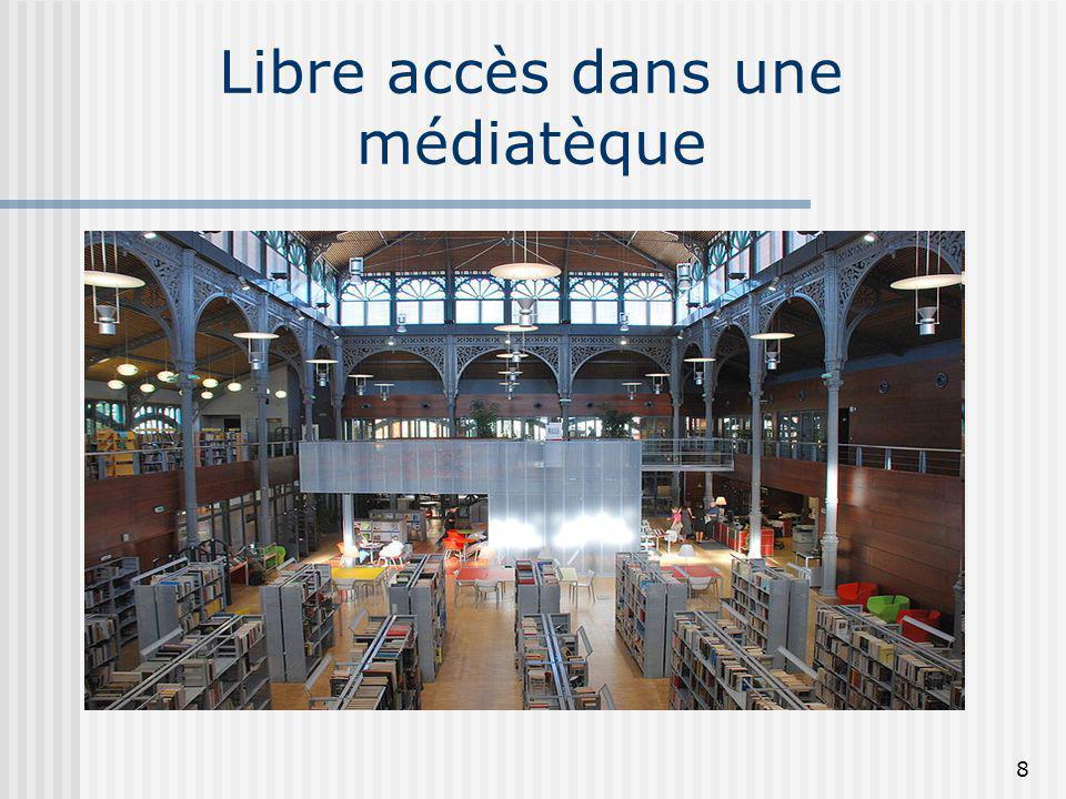 Libre accès dans une médiatèque 8
