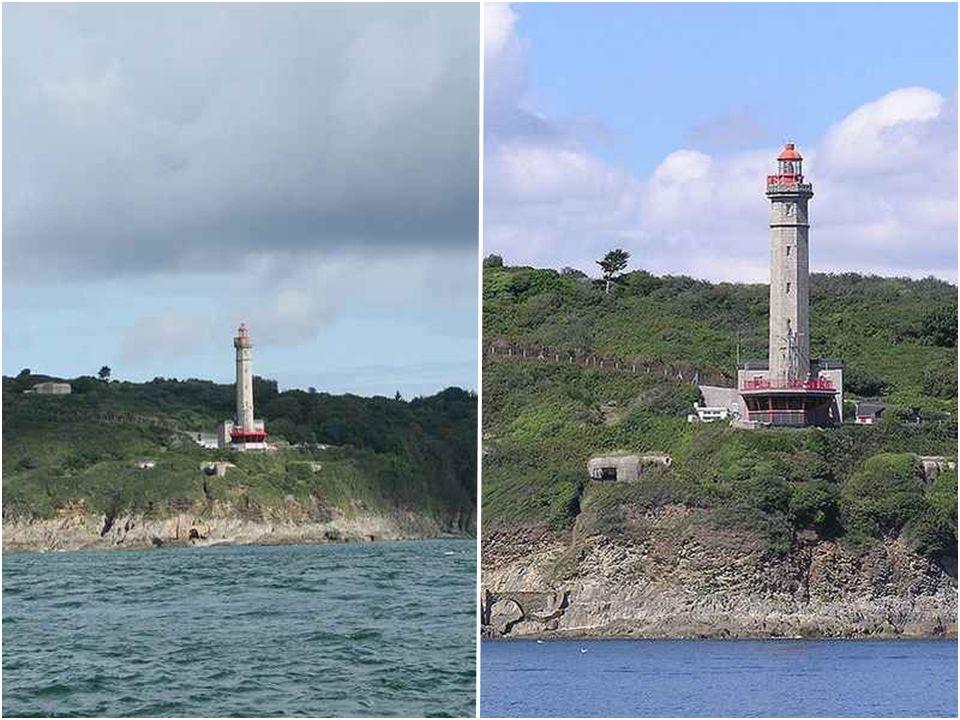 Phare du Portzic Le phare du Portzic a été bâti sur un terrain militaire En 1848, au niveau de la pointe du Portzic, en même temps que le phare du Pet