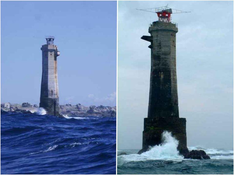 Le phare de Nividic Le phare de Nividic est un phare situé au large de la pointe de Perne, à l'ouest de l'île d'Ouessant. Il est le point le plus à l'