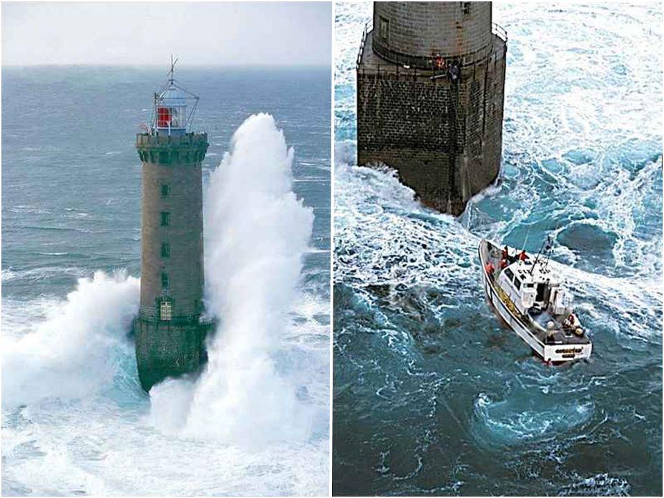 Phare de Kéréon Kéréon est un phare qui s'élève sur le récif de Men Tensel (''pierre hargneuse'' en breton) entre Ouessant et Molène sur le passage du
