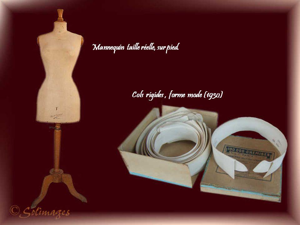 Roulette dentée servant à marquer les modèles sur les tissus, œufs en bois à repriser les bas et dés à coudre en argent