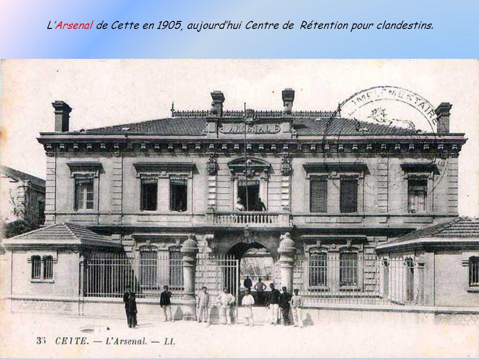 Fort Richelieu actuel, avec les nouveaux bâtiments de la Marine Nationale.