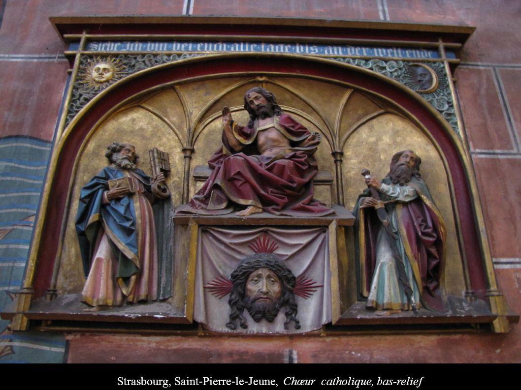 Strasbourg, Saint-Pierre-le-Jeune, Chœur catholique, bas-relief