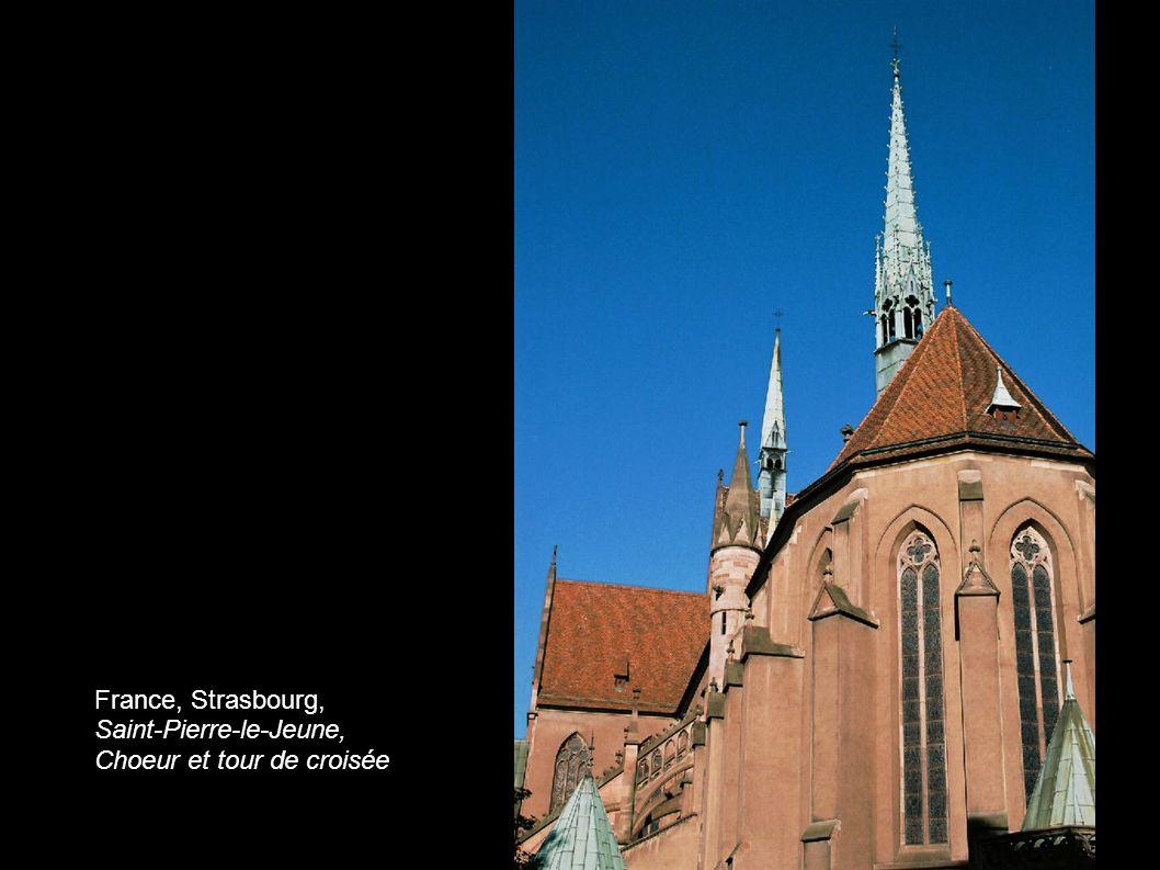 France, Strasbourg, Saint-Pierre-le-Jeune, Choeur et tour de croisée