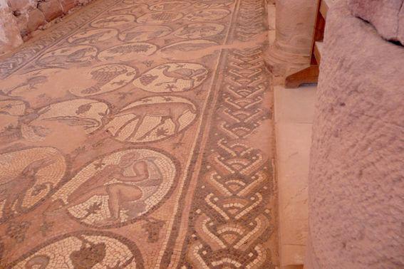La tombe palais tombeau corinthien Tombe de la soie
