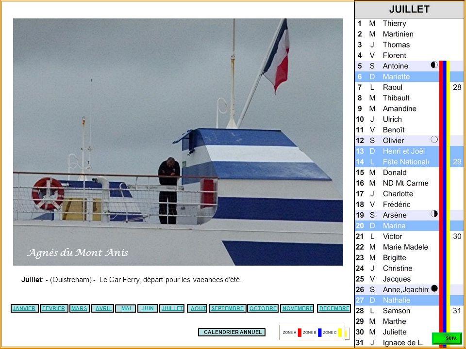 CALENDRIER ANNUEL JANVIERFEVRIERMARSAVRILJUILLETSEPTEMBREMAIJUINOCTOBREDECEMBRENOVEMBREAOUT Juin – (La Rochelle) - L'homme s'accroche au port, le temp