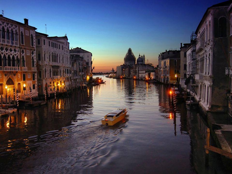 Le carnaval de Venise est une tradition vieille de plusieurs siècles.
