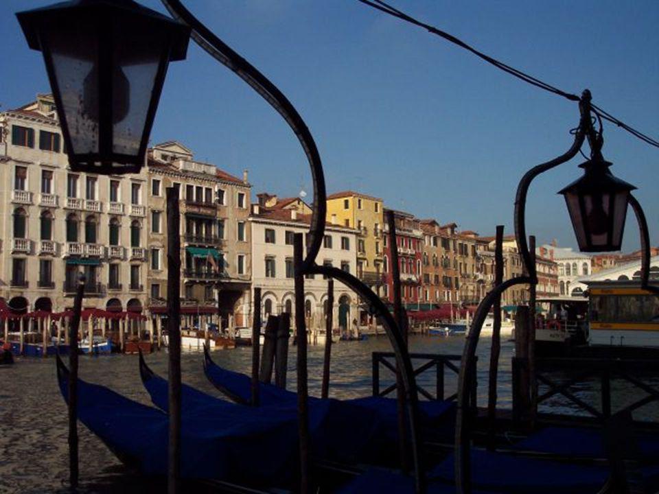 Photos web – montage NG2012 – musique: carnaval de Venise ( Verdi) – André Rieux