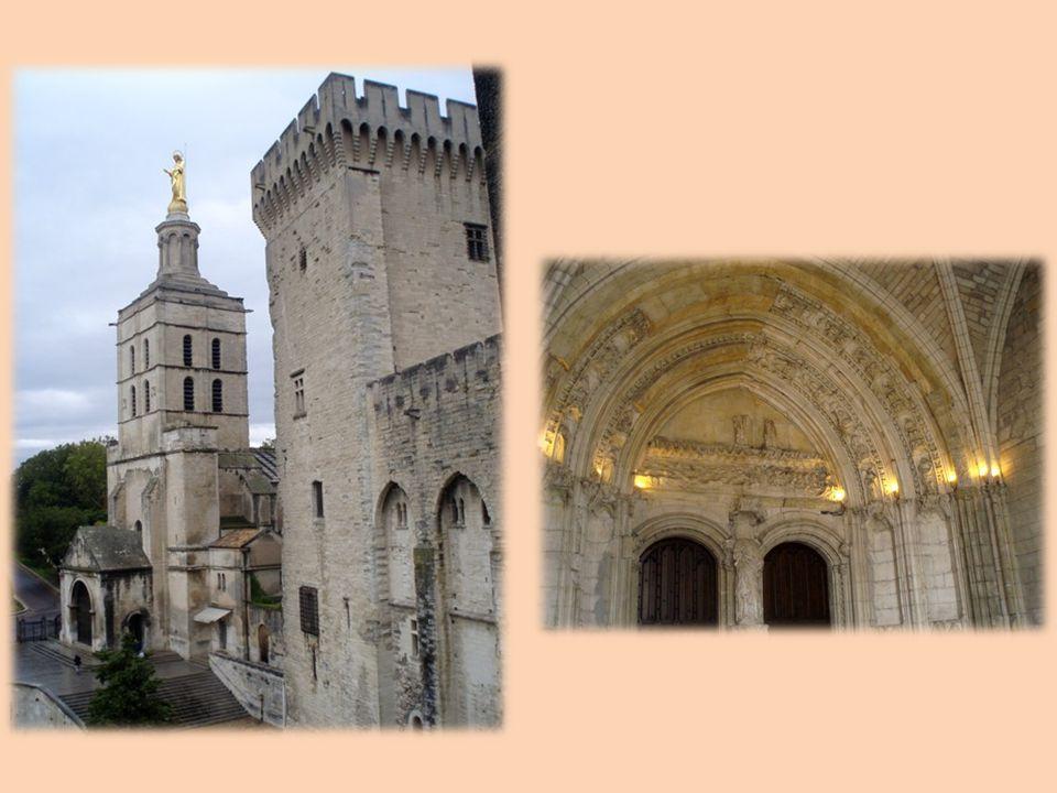 Le palais des Papes dAvignon