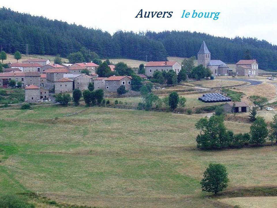Esplantas le château, le donjon du XIIIe siècle