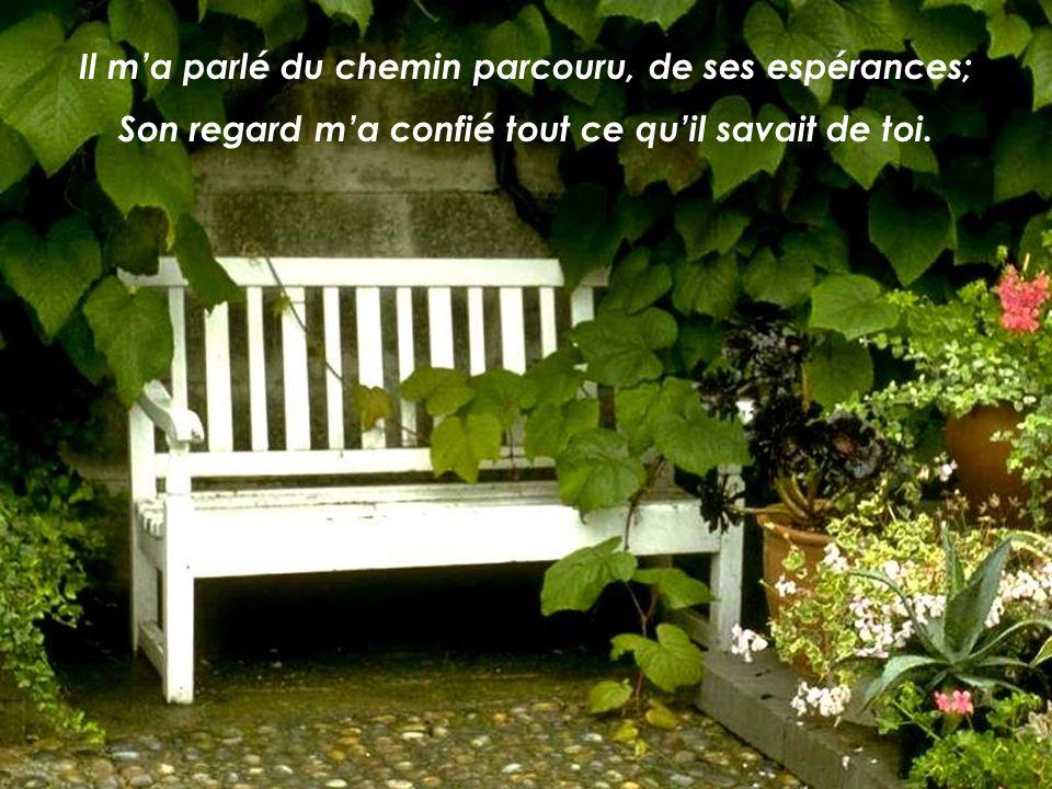 Lautre jour, devant moi, je tai aperçu, Jésus; Je parlais avec un inconnu sur un banc de parc;
