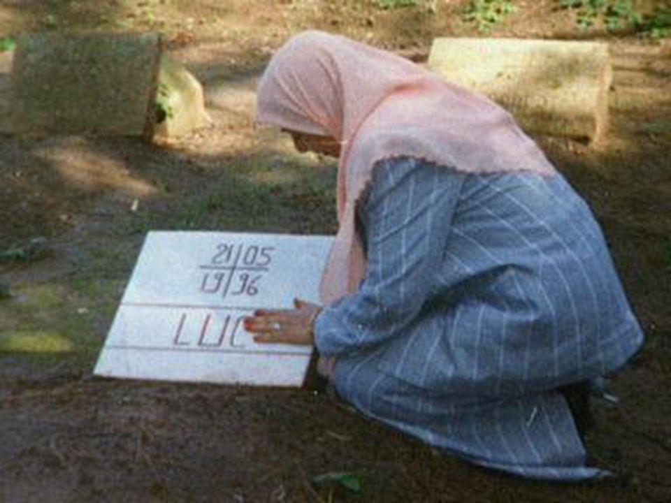 Ils ont été décapités et seulement leurs têtes ont été ensevelies le 4 de juin dans le cimetière du monastère.