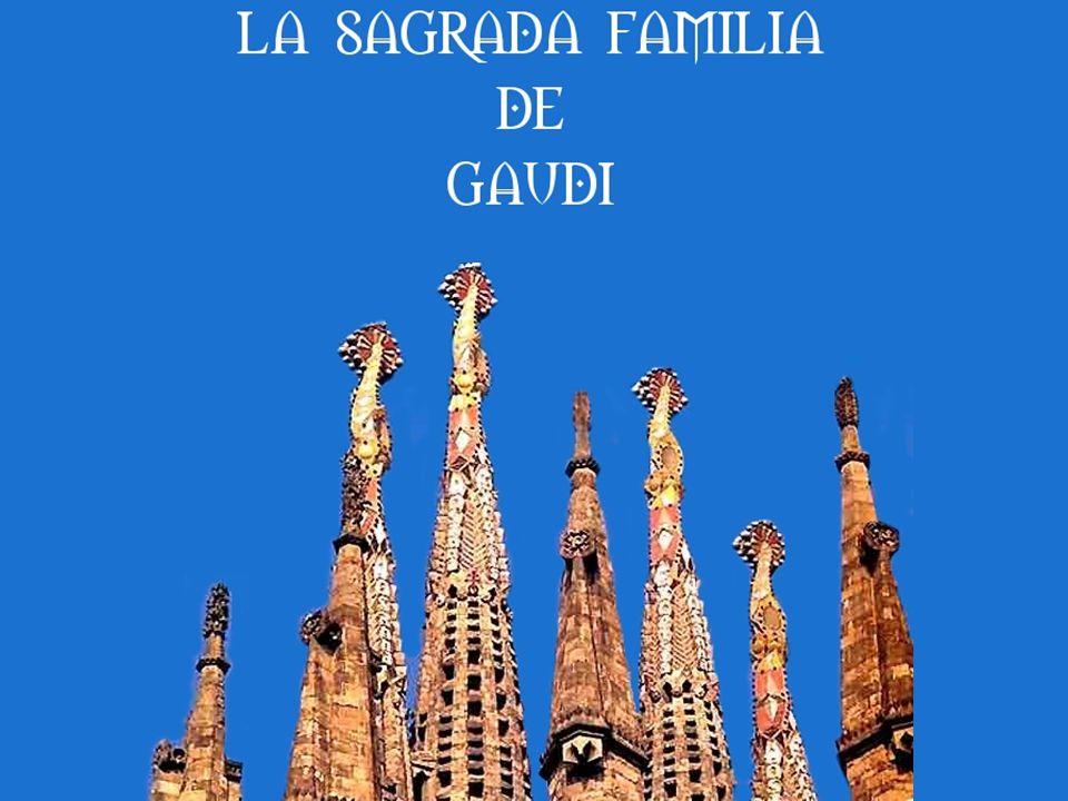 Durant les dernières années de sa vie, Gaudí ne travailla et ne vécut pratiquement que pour le Temple de la Sagrada Família et, quand il mourut, il laissa de très nombreux plans, projets et ébauches (les plans et maquettes furent malheureusement quasiment tous détruits pendant la guerre d Espagne, une dizaine d années après la mort de Gaudí).
