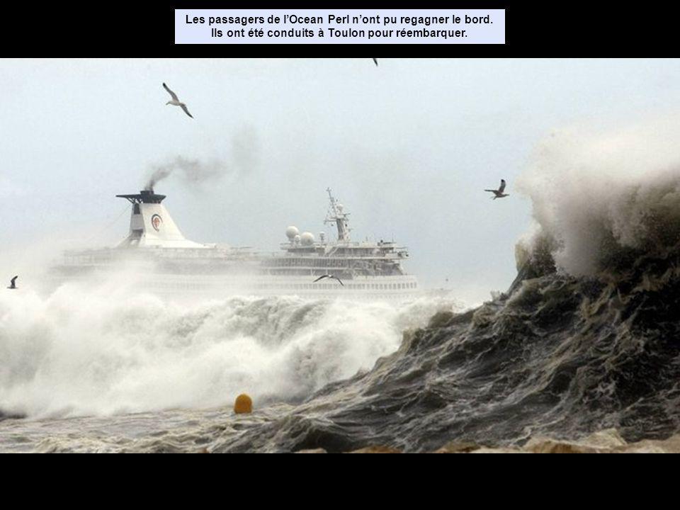 Les passagers de lOcean Perl nont pu regagner le bord.
