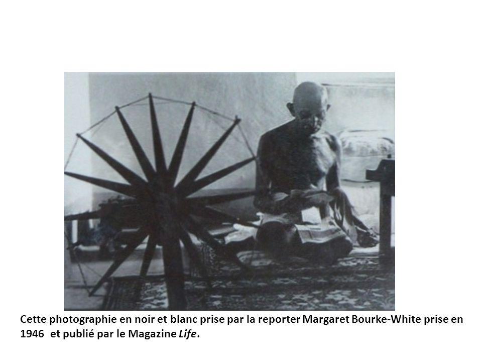 Cette photographie en noir et blanc prise par la reporter Margaret Bourke-White prise en 1946 et publié par le Magazine Life.