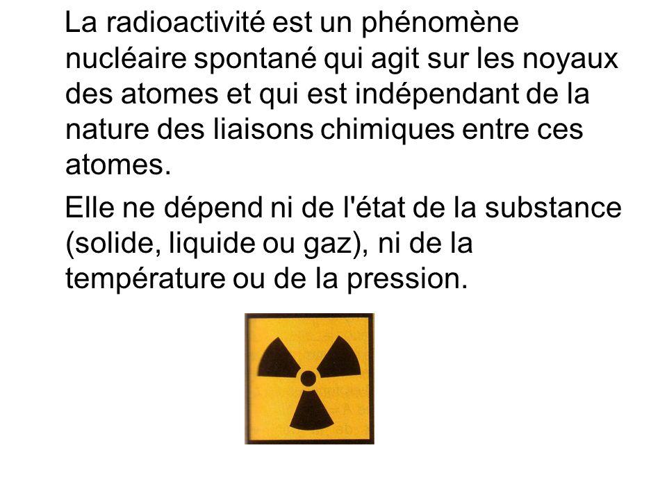 Radioactivité -> Pourquoi?-> Trop de protons par rapport aux neutrons Radioactivité artificielle découverte en 1934 Par le couple Joliot.