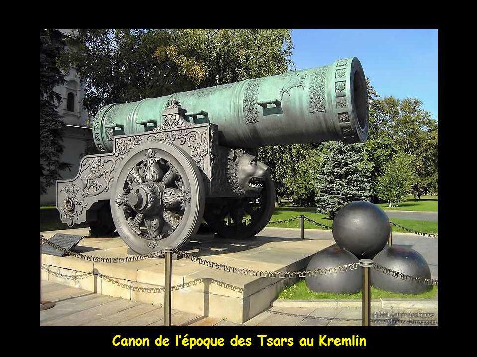 Changement de la garde au Kremlin