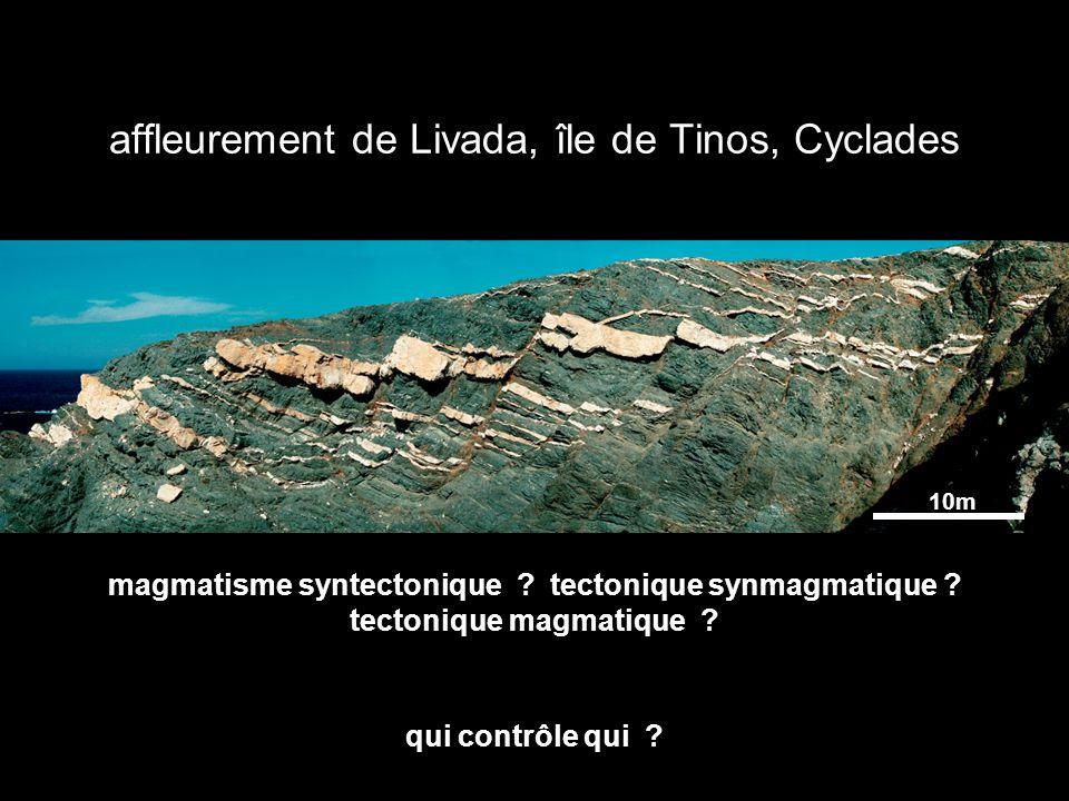 Cap de Creus, Catalogne, Espagne déformations superposées, filons de pegmatite, chaine hercynienne