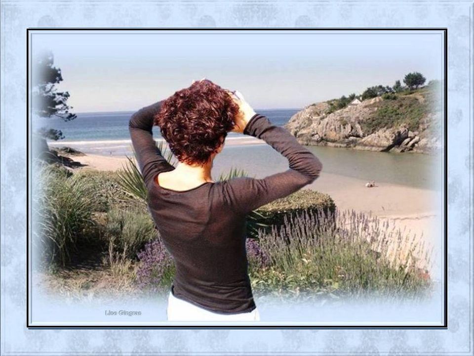 Le bonheur sétale sur la route des vacances; La nature sétire et sallonge devant moi; Derrière le miroir du soleil se balancent Les oiseaux qui se ber
