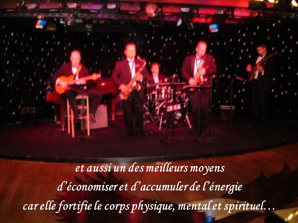 Les Amours de Mado http://www.lesamoursdemado.com / Avril 2008 Création Claude St-Denis Images personnelles et du Net Musique André Rieu ( Fascination )