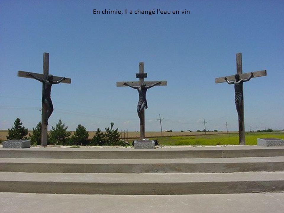 Quelle exposition incroyable. Cela pourrait être le dernier symbole chrétien survivant dans le pays! Ce site est à peu près à 70 milles d'Amarillo à l