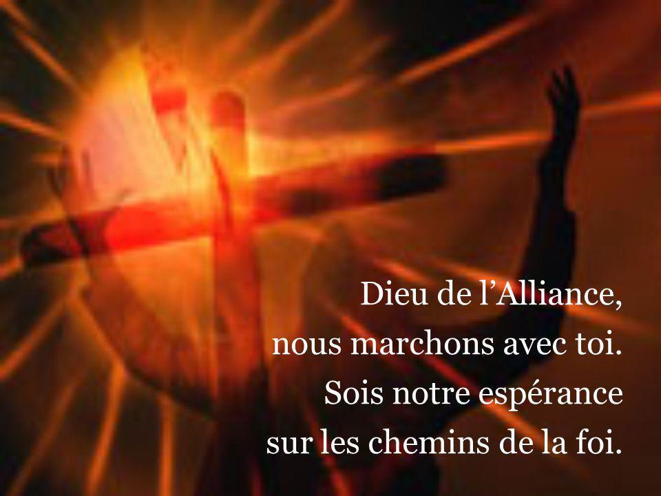Pourquoi souffrir, toi, le Fils bien-aimé ! Mystérieuse folie ! Cest par ta grâce que nous sommes sauvés, Jésus, source de vie.