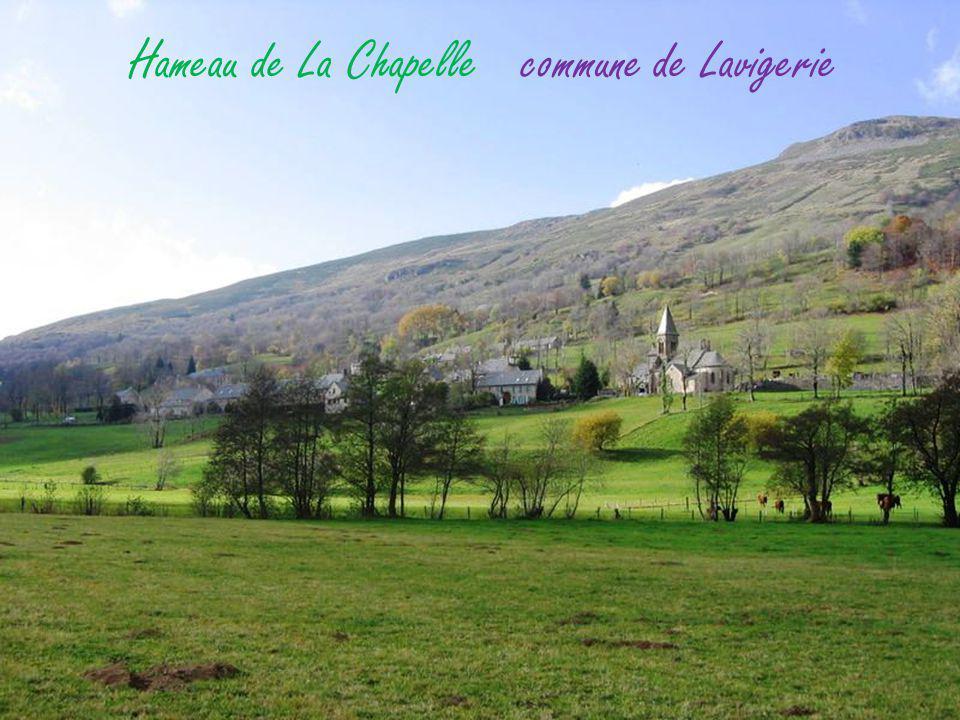 Albepierre-Bredons le village