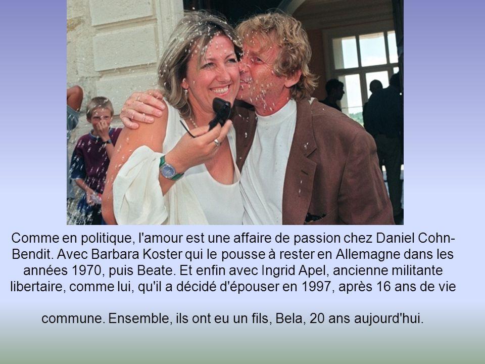 Georges Frêche a épousé en secondes noces Claudine Bres, le 14 avril 1979. Très proche professionnellement de son mari, Claudine Frêche est secrétaire