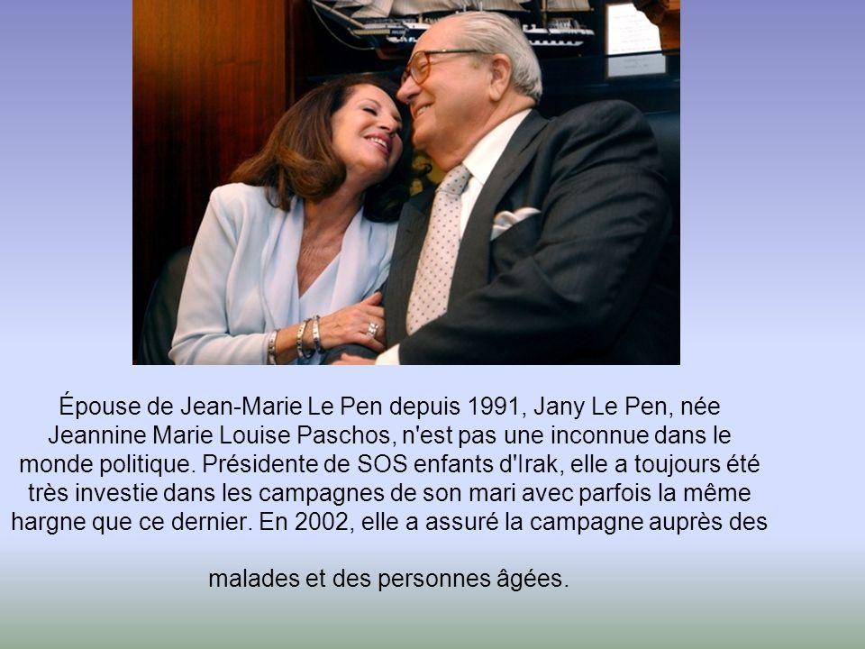 Aujourd'hui divorcée, Marine Le Pen a été mariée deux fois. La première avec un entrepreneur proche du FN, Franck Chauffoy. La seconde avec un authent