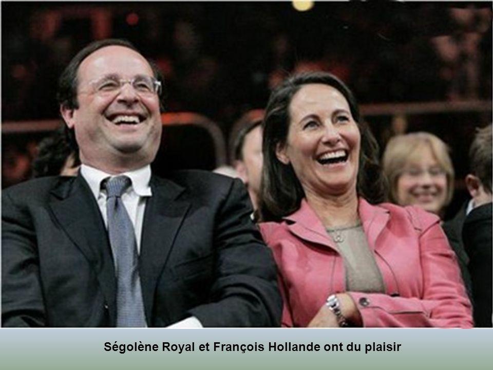 Que n'a-t-on pas dit et écrit sur ce couple ? Symboles, avec Cécilia et Nicolas Sarkozy, de l'explosion du politique people depuis 2007, Ségolène Roya