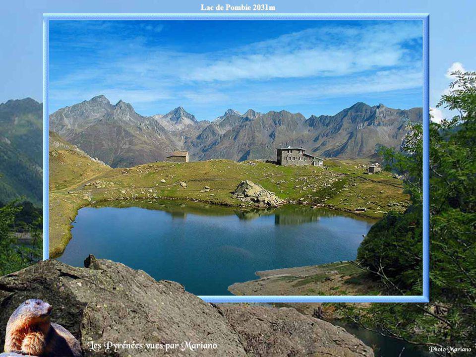Lac de Lanuza 1283m (Espagne).