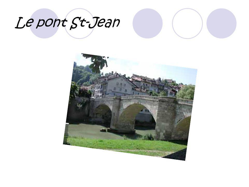 Le pont de Berne L e pont de bois est le plus ancien pont à avoir gardé sa physionomie dorigine.