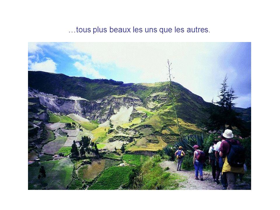 En équateur: -on parle lespagnol et le quechua.-il y a 12562000 habitants.