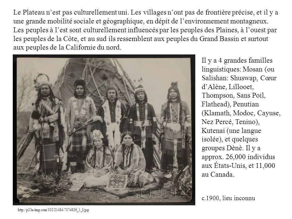 Le Plateau nest pas culturellement uni. Les villages nont pas de frontière précise, et il y a une grande mobilité sociale et géographique, en dépit de