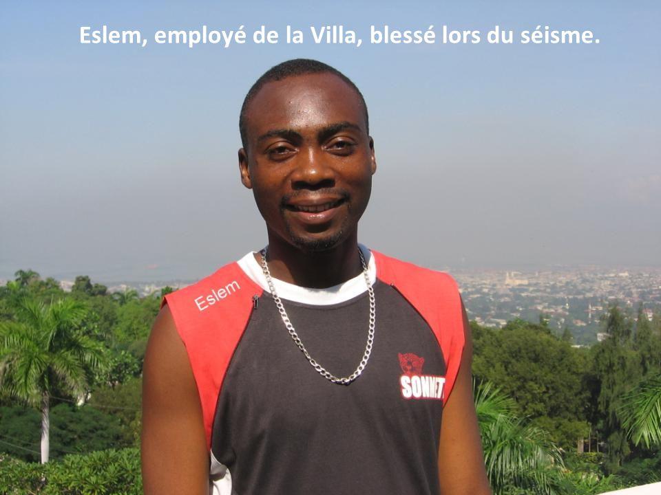 Eslem, employé de la Villa, blessé lors du séisme.