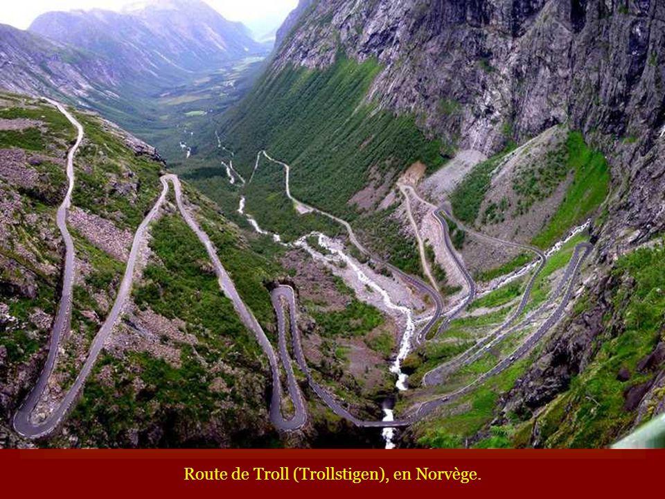 Route de Troll (Trollstigen), en Norvège.