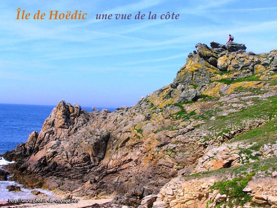Île de Hoëdic une vue de la côte