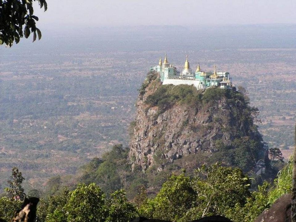 Monastère Taung Kalat en Myanmar