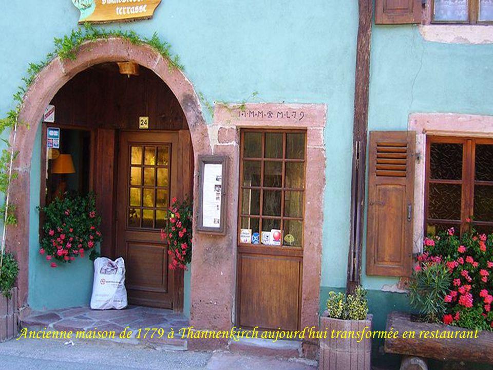 Ancienne maison de 1779 à Thannenkirch aujourd hui transformée en restaurant