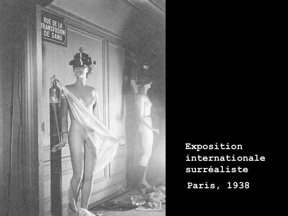 Paris, 1938 Exposition internationale surréaliste
