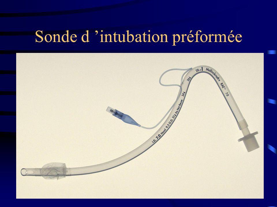 Sonde d intubation préformée