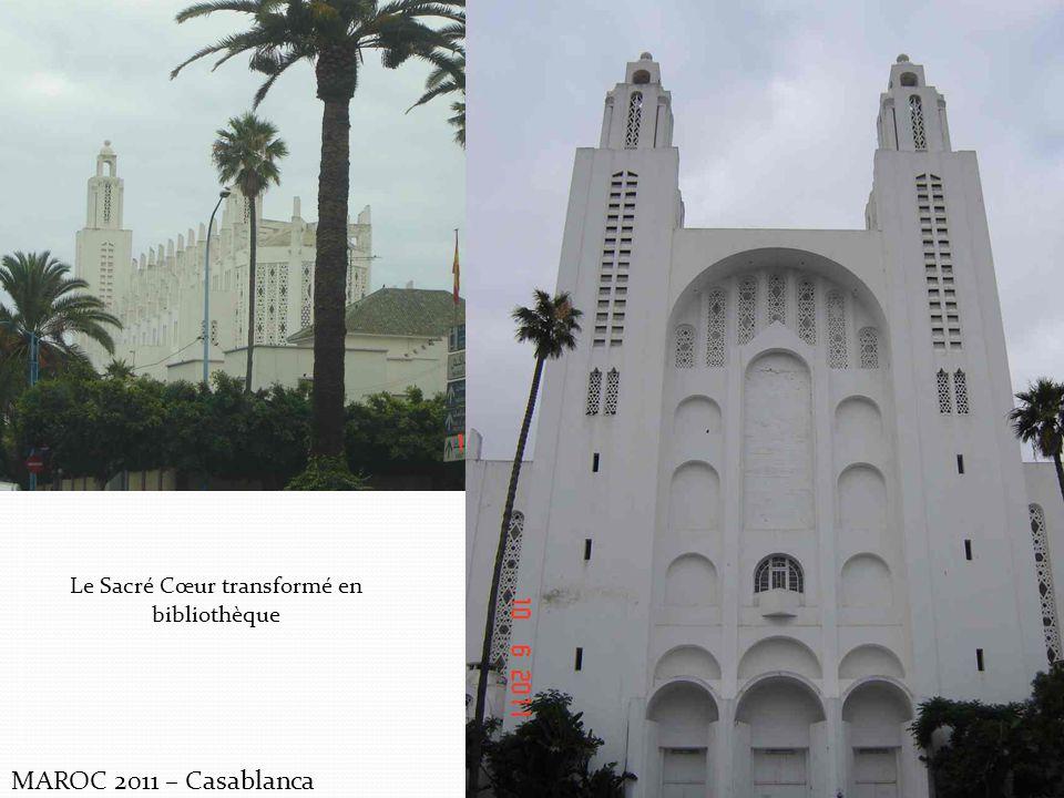 MAROC 2011 – Casablanca Le Sacré Cœur transformé en bibliothèque