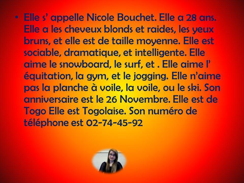 Elle s appelle Nicole Bouchet.Elle a 28 ans.
