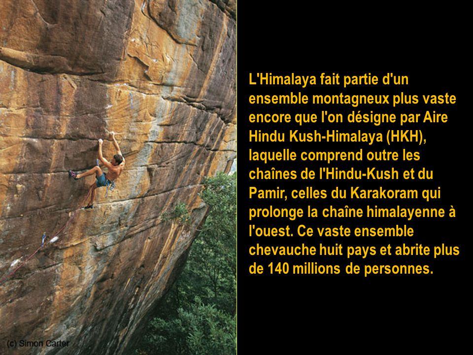 Ces hauts sommets ont donné lieu à de nombreuses expéditions d'alpinistes renommés et ont tous été conquis.