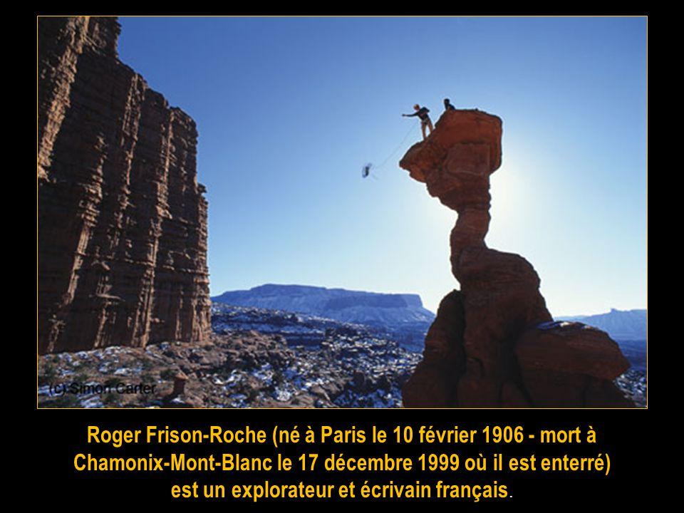 René Desmaison (14 avril 1930 - 28 septembre 2007) est un alpiniste français, né à Bourdeilles dans le Périgord, mort à Marseille. Guide de haute mont