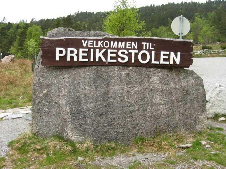 Près de Stavanger en Norvège il y a un sublime rocher qui culmine à plus de 600m au-dessus du fyord de Lysefjorden ET pas besoin dêtre un grimpeur che