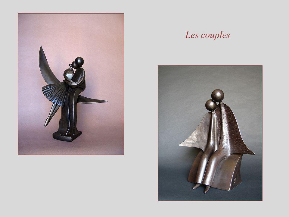Sculptures de Jean-Pierre Augier Son site : www.jpaugier.frwww.jpaugier.fr Musique : Yvostellka Album : Dumengia Titre : Der Mirjambrunnen