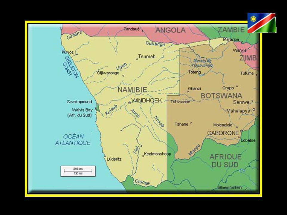 C est sur l une des dernières terres vierges du continent africain que vivent les Himbas, le Peuple Rouge.
