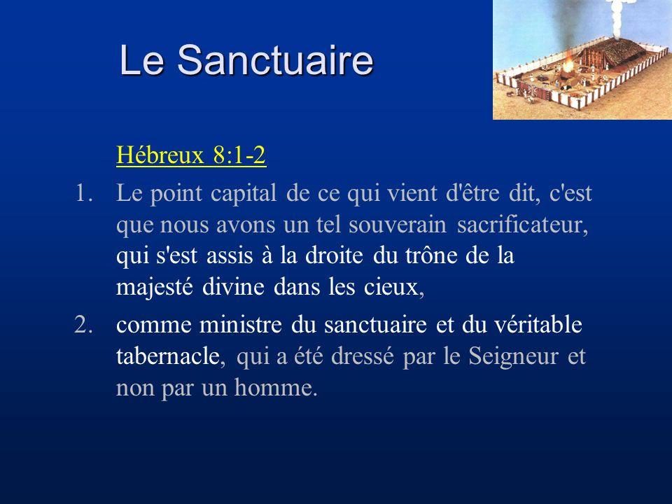 Hébreux 8:1-2 1.Le point capital de ce qui vient d'être dit, c'est que nous avons un tel souverain sacrificateur, qui s'est assis à la droite du trône